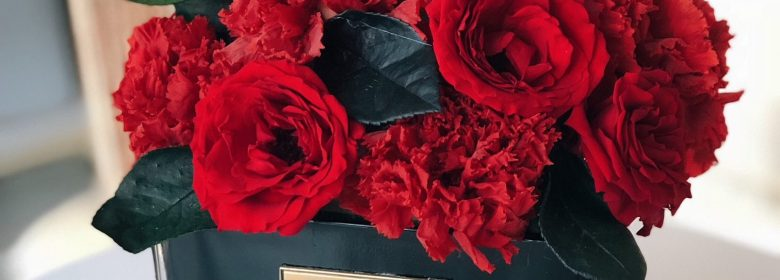 preserved carnation and rose